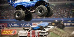monster-truck-653148_1920